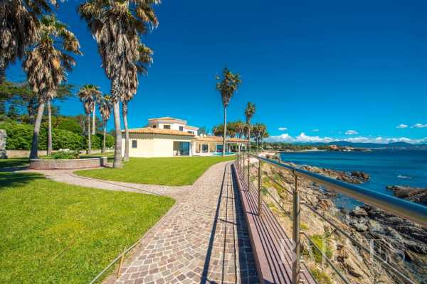 Villa Les Issambres  -  ref 5429785 (picture 2)