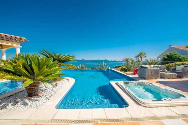 Villa Les Issambres  -  ref 5162685 (picture 1)