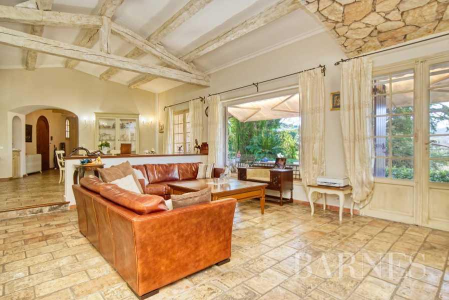 Valbonne  - Villa 7 Pièces 5 Chambres