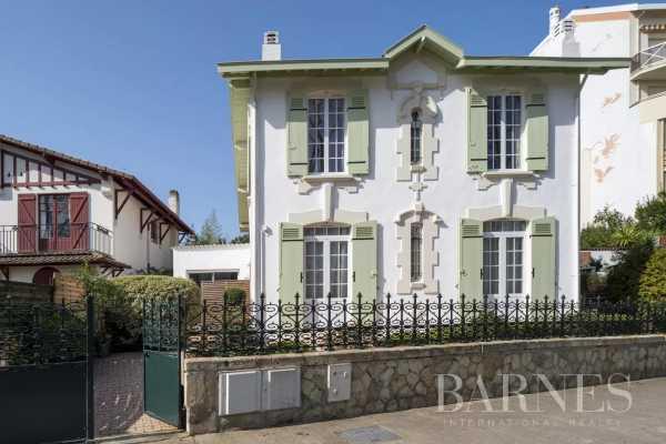 Villa Arcachon  -  ref 5081946 (picture 1)