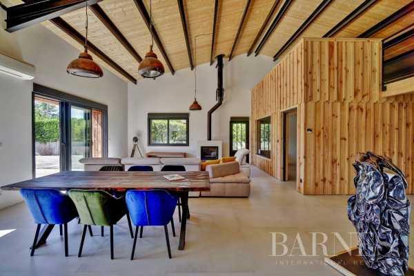 Villa Arès  -  ref 3943541 (picture 3)