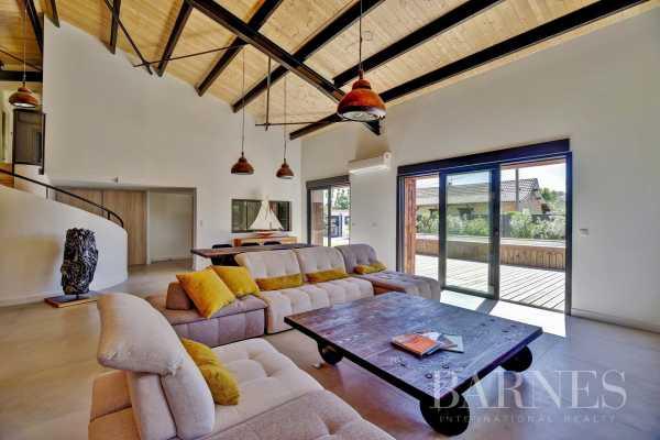 Villa Arès  -  ref 3943541 (picture 2)