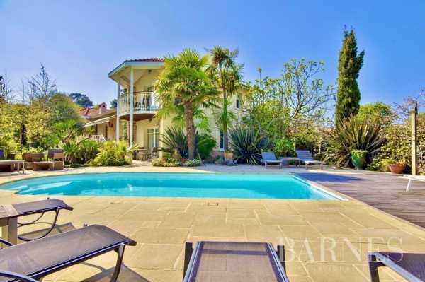 Villa Arcachon  -  ref 2928469 (picture 1)