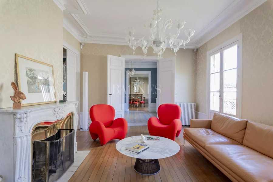 Bordeaux  - Maison 10 Pièces 5 Chambres