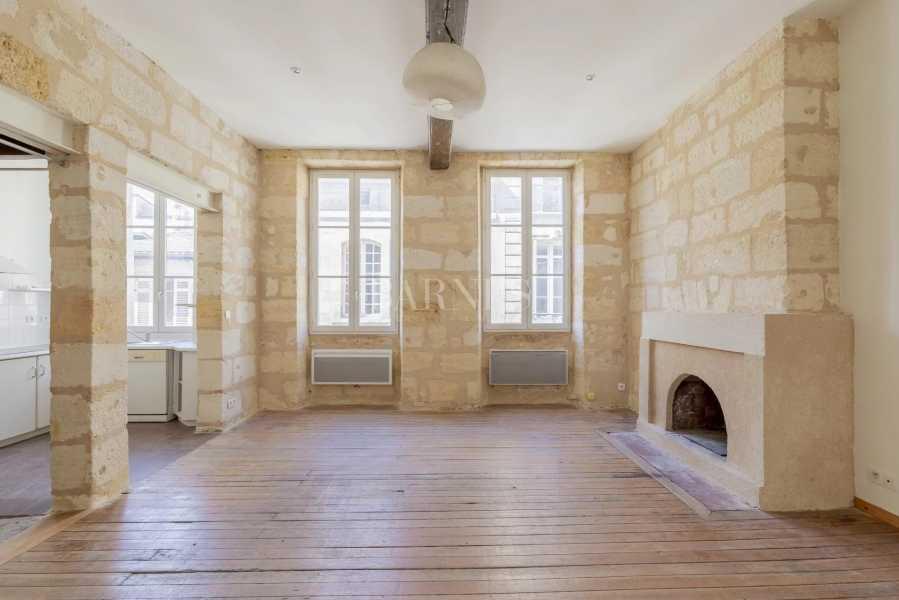 Bordeaux  - Maison 5 Pièces 3 Chambres
