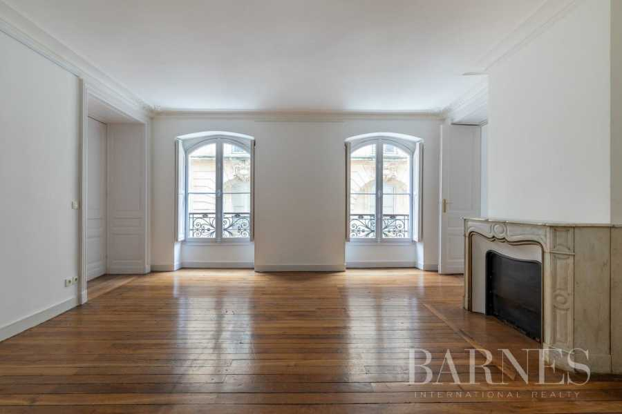 Bordeaux  - Appartement 6 Pièces 4 Chambres