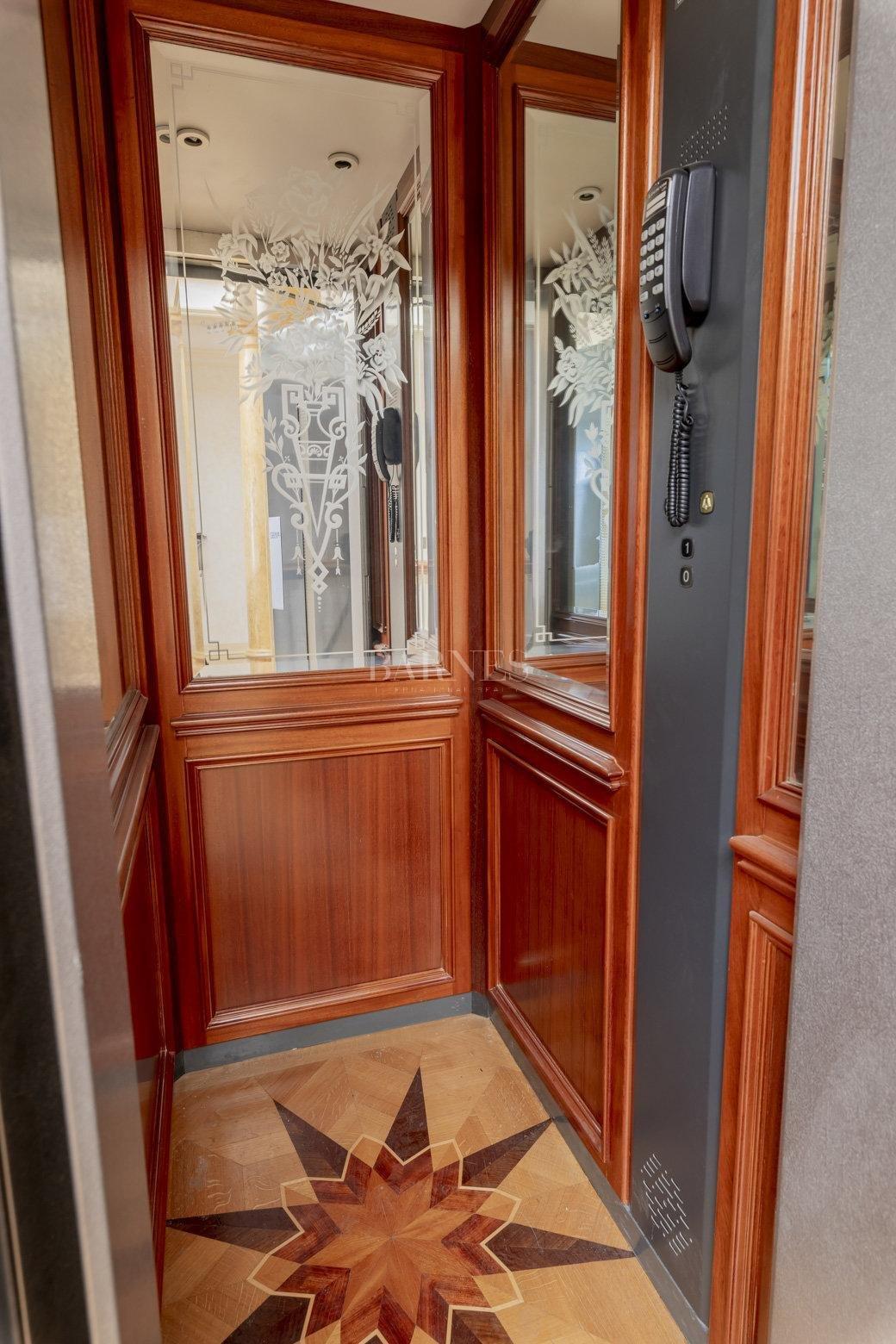 Bordeaux  - Maison 10 Pièces 3 Chambres - picture 17