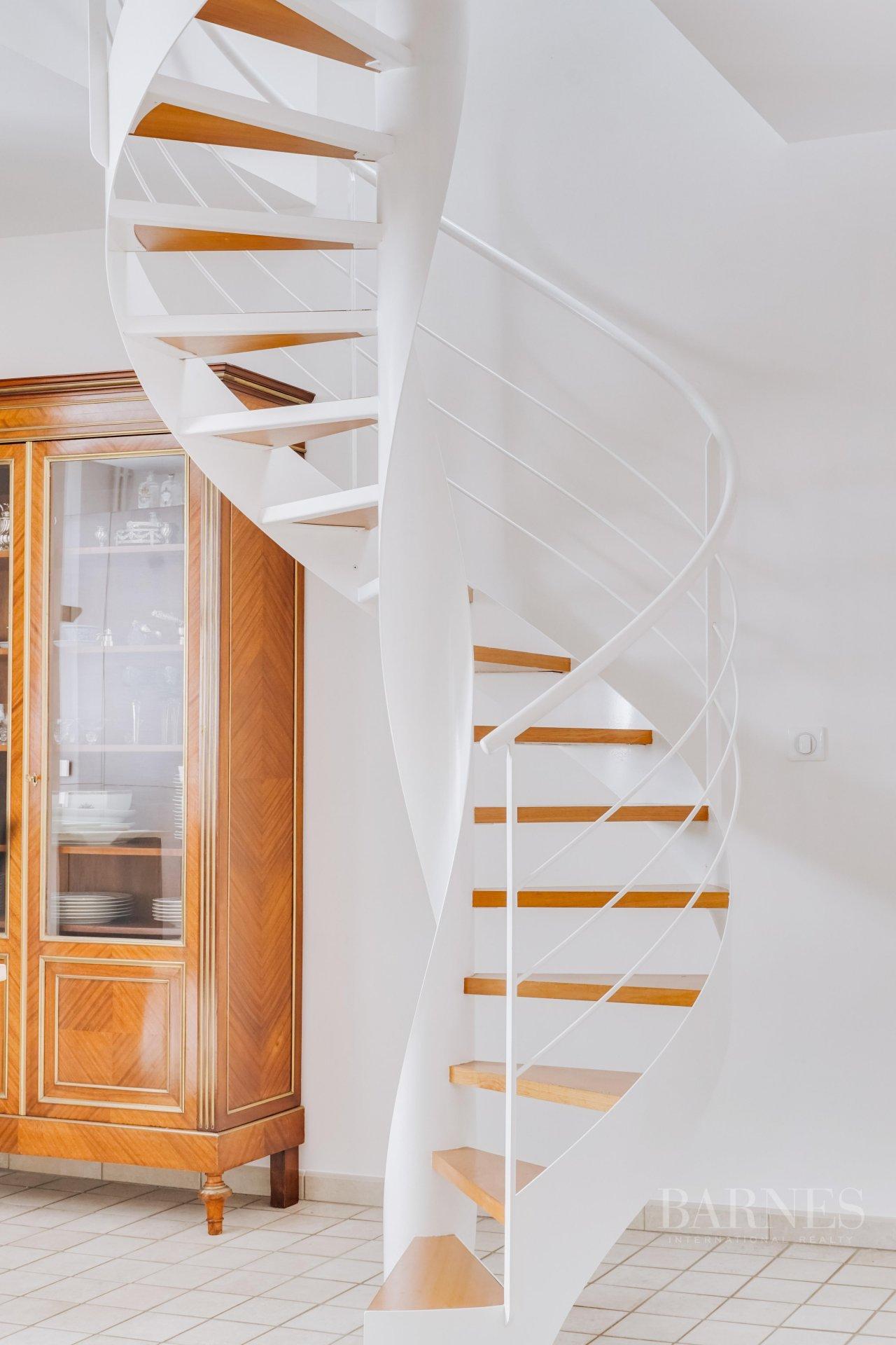 Bordeaux  - Appartement 5 Pièces 3 Chambres - picture 9