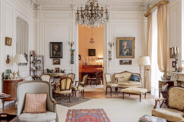 Bordeaux  - Appartement 8 Pièces 2 Chambres - picture 2