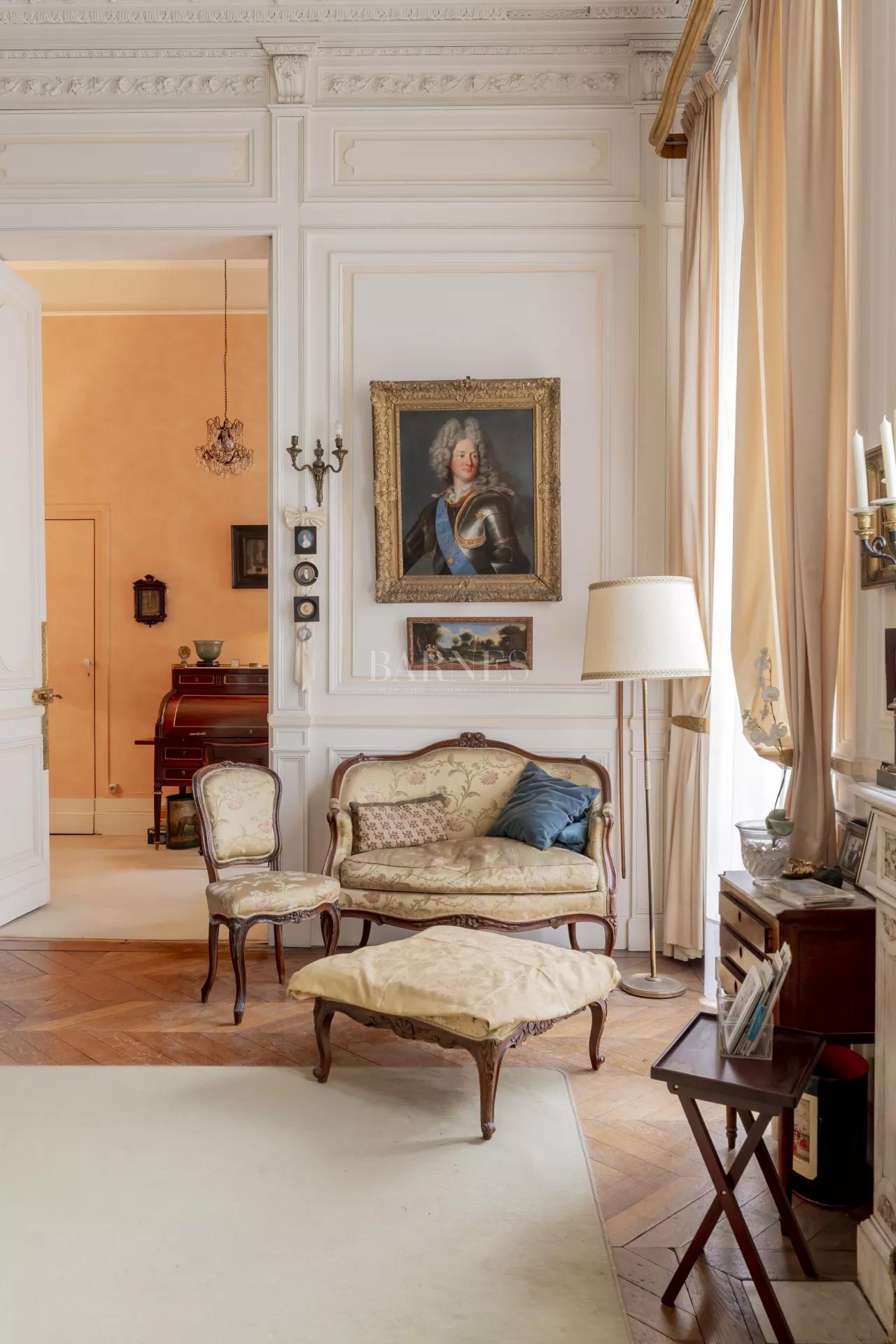 Bordeaux  - Appartement 8 Pièces 2 Chambres - picture 4