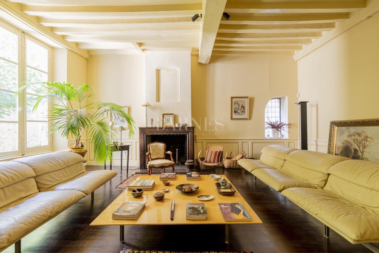 Bordeaux  - Maison 9 Pièces 4 Chambres - picture 3