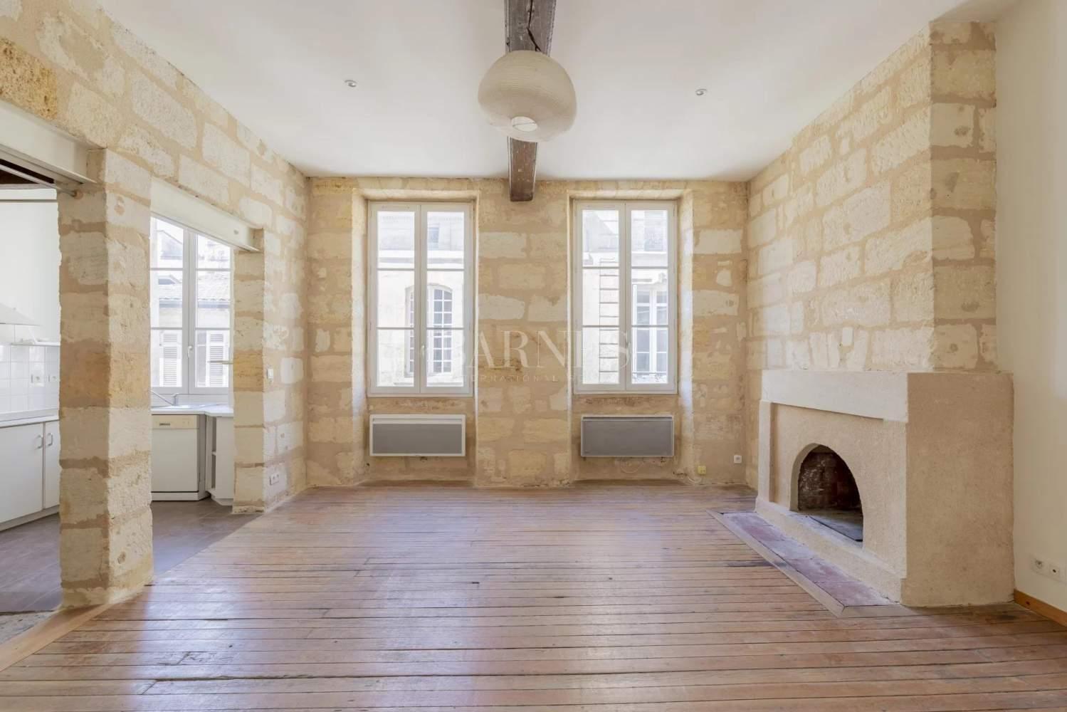 Bordeaux  - Maison 5 Pièces 3 Chambres - picture 1