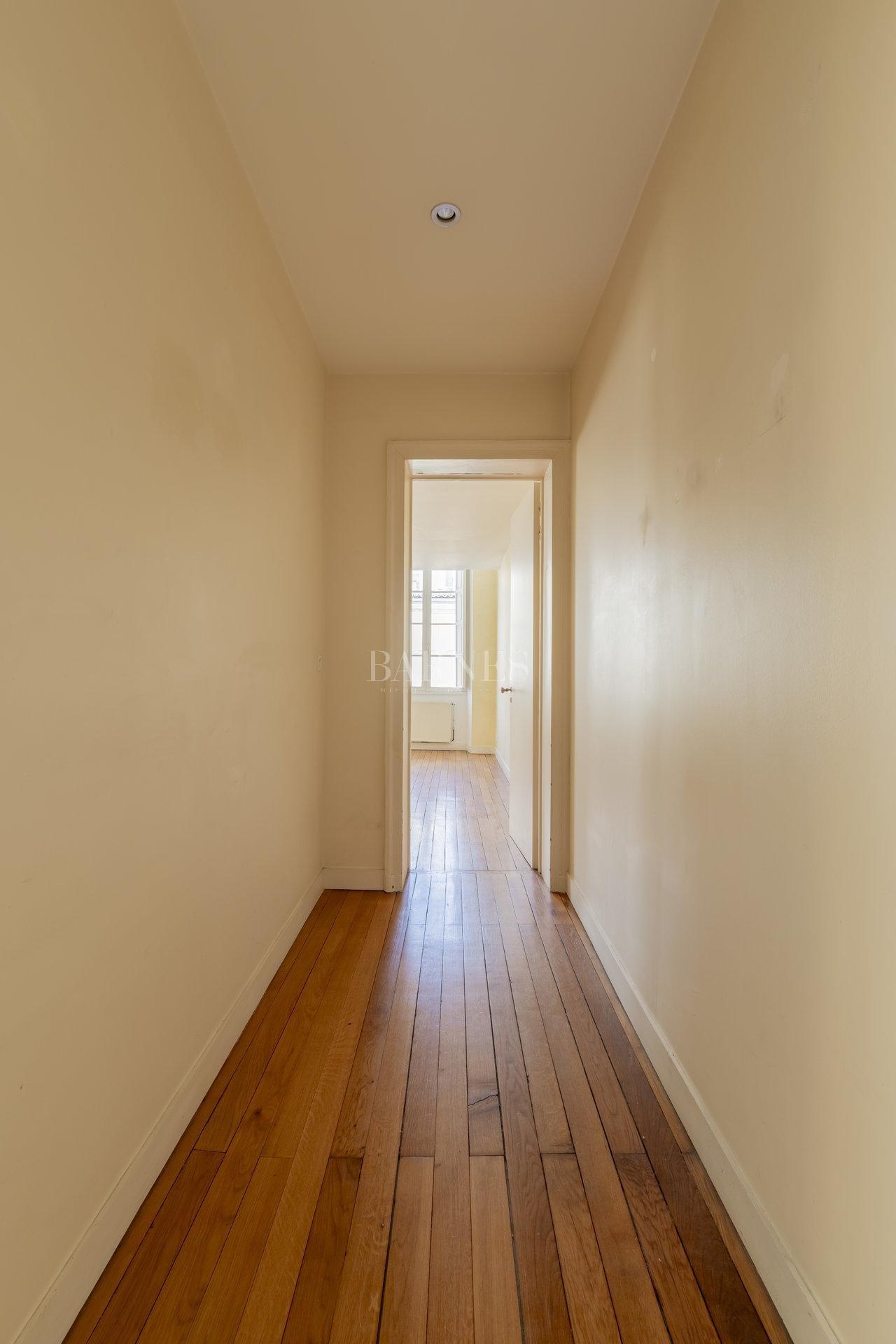 Bordeaux  - Appartement 5 Pièces 2 Chambres - picture 4