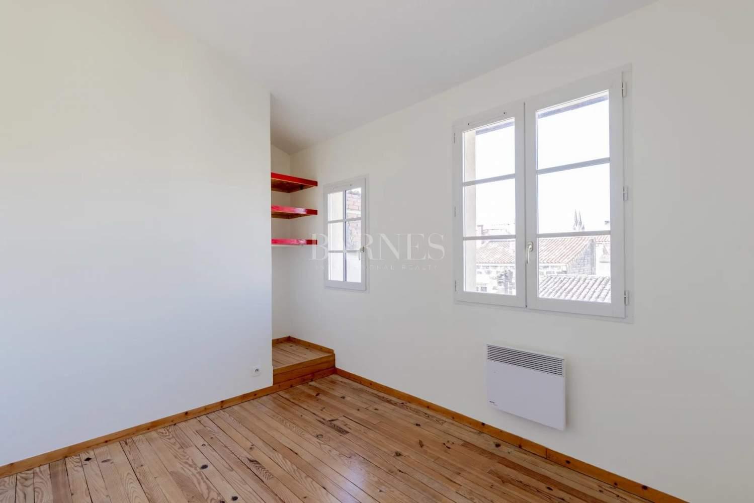 Bordeaux  - Maison 5 Pièces 3 Chambres - picture 10