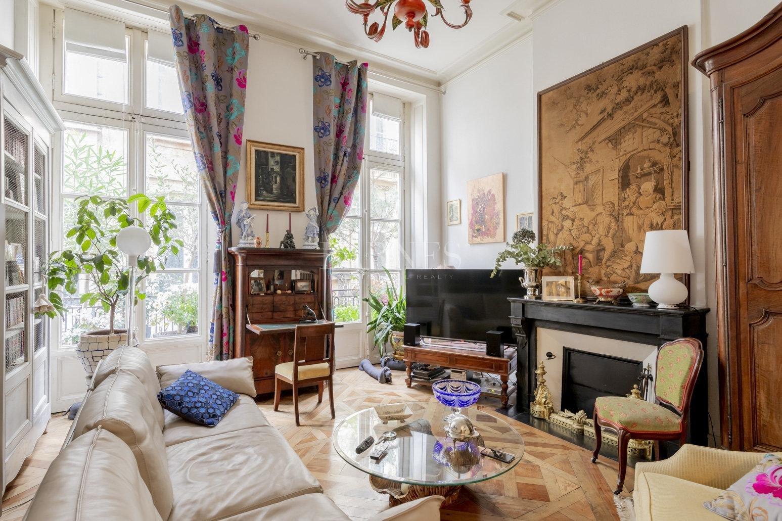 Bordeaux  - Appartement 4 Pièces, 1 Chambre - picture 1