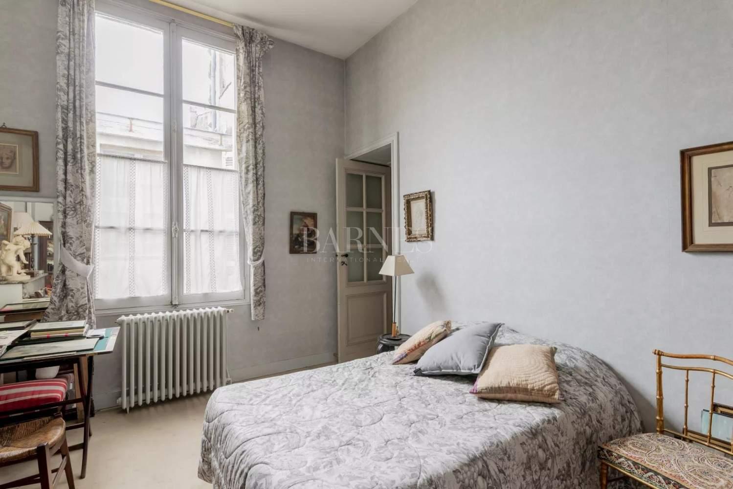 Bordeaux  - Appartement 8 Pièces 2 Chambres - picture 13