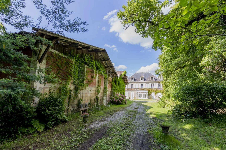 Bordeaux  - Maison 11 Pièces 6 Chambres - picture 18