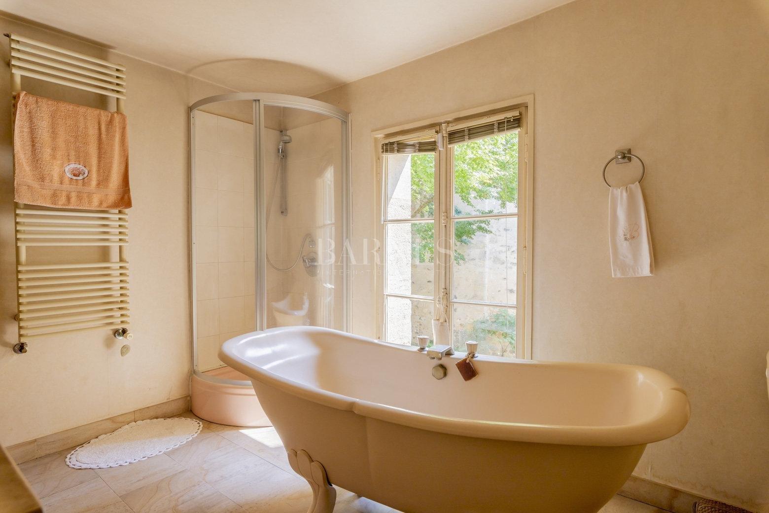 Bordeaux  - Maison 9 Pièces 4 Chambres - picture 8