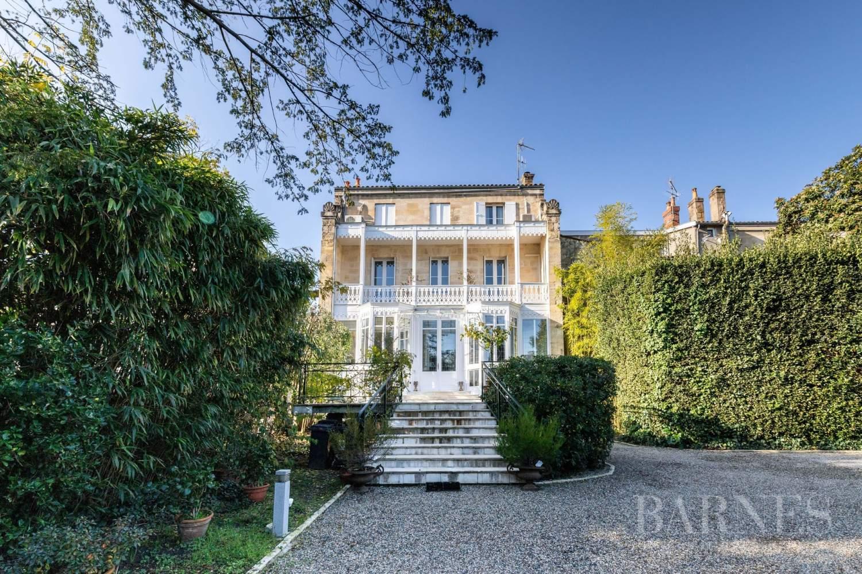 Maison De Luxe A Vendre A Bordeaux Barriere Judaique Par Barnes 11