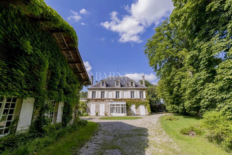 Bordeaux  - Maison 11 Pièces 6 Chambres - picture 13