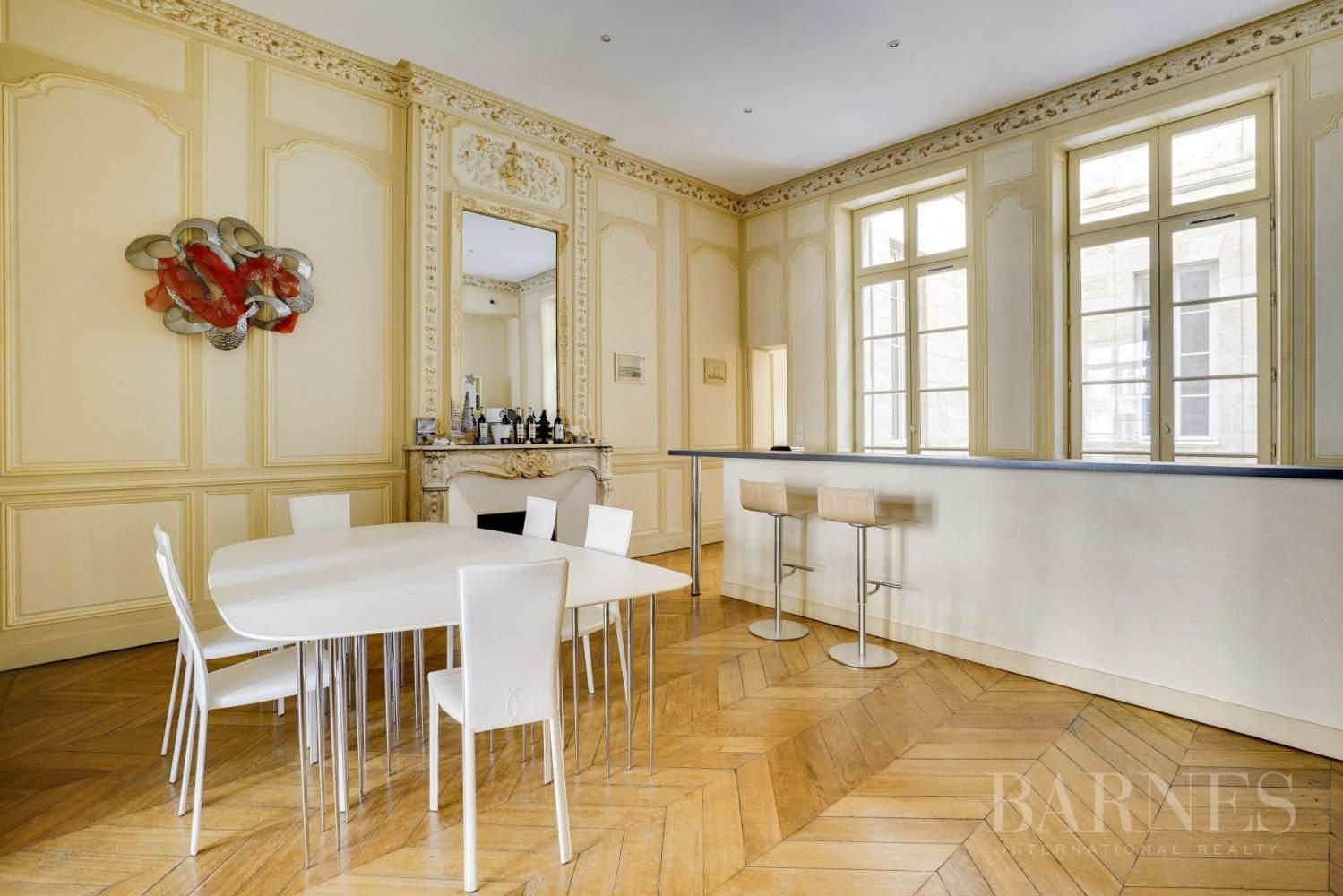 Bordeaux  - Appartement 5 Pièces 2 Chambres - picture 6