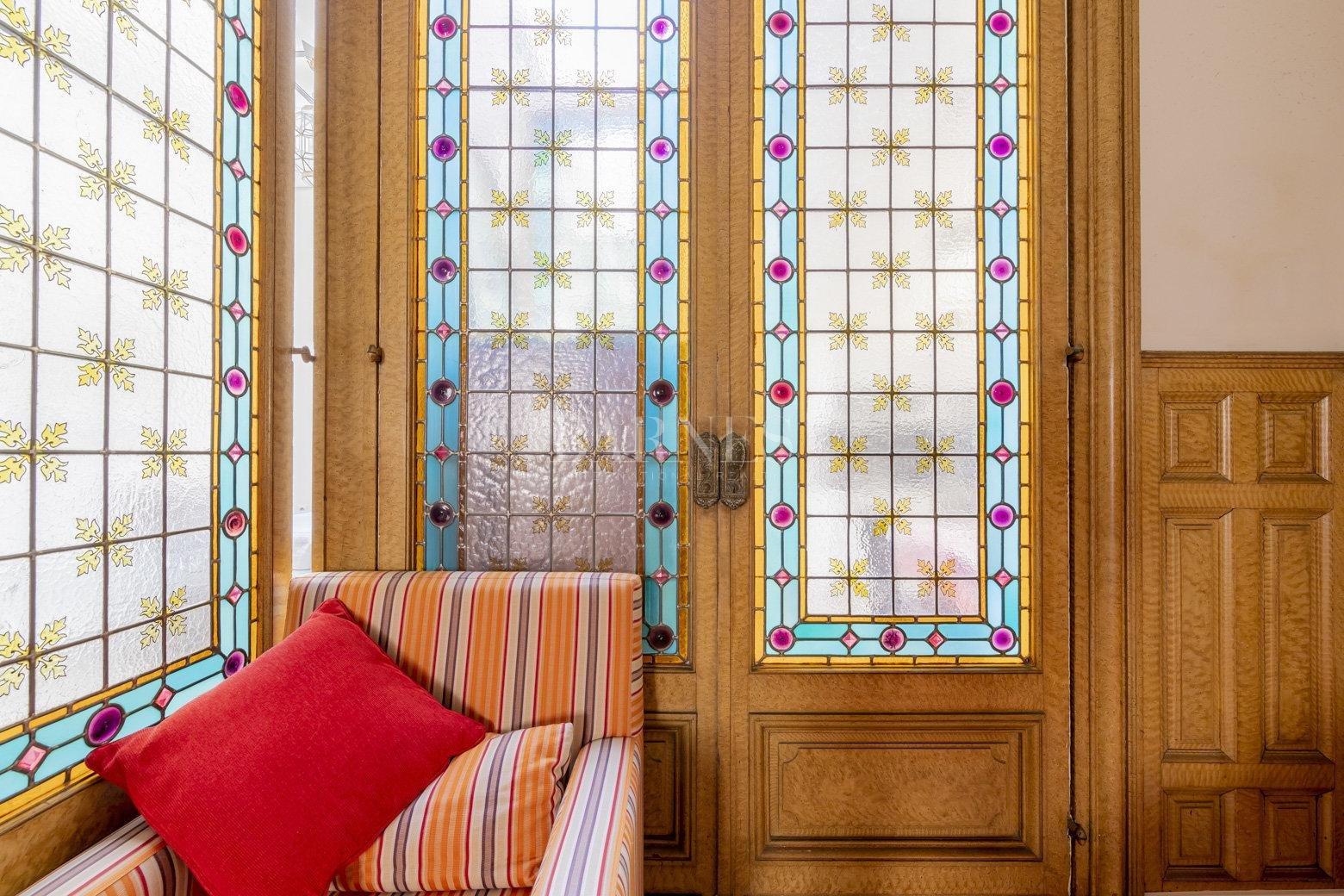 Bordeaux  - Maison 8 Pièces - picture 4