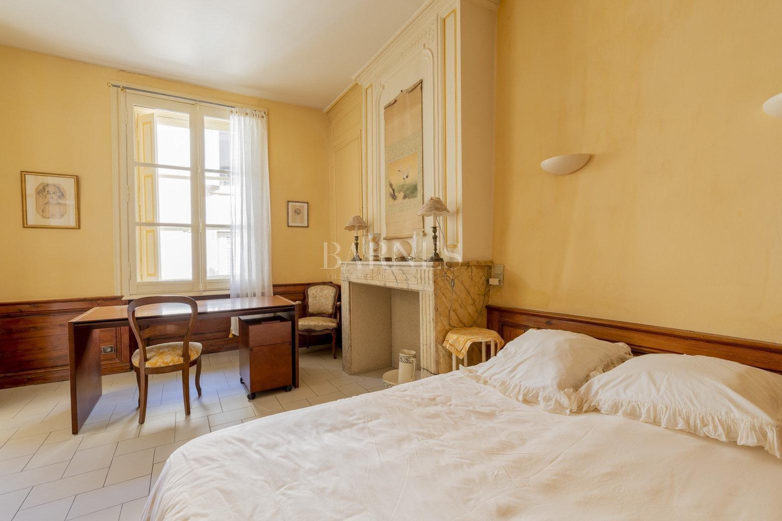 Bordeaux  - Maison 9 Pièces 4 Chambres - picture 10