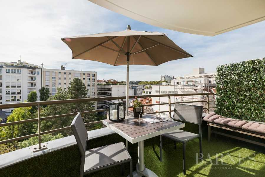 Boulogne-Billancourt  - Piso 5 Cuartos 4 Habitaciones