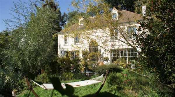 House, S - Ref 2596313