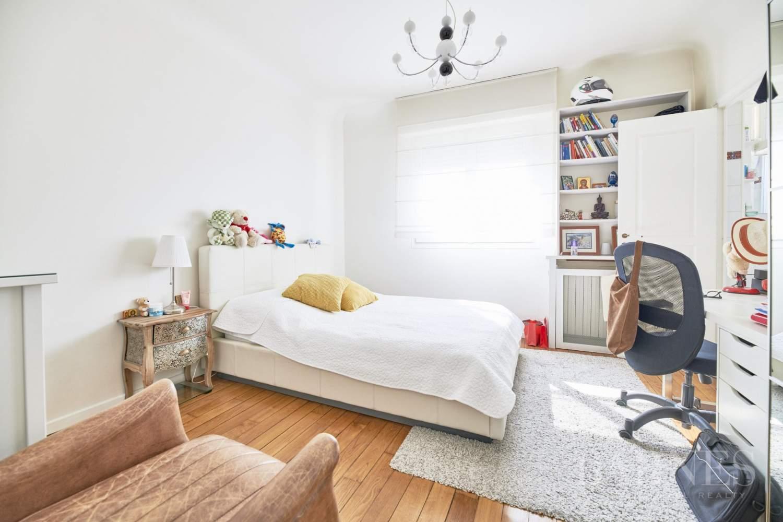 Appartement familial - dernier étage - vue dégagée picture 4