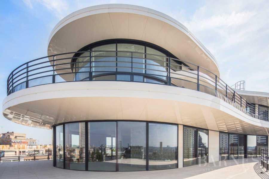 Ixelles  - Edificio