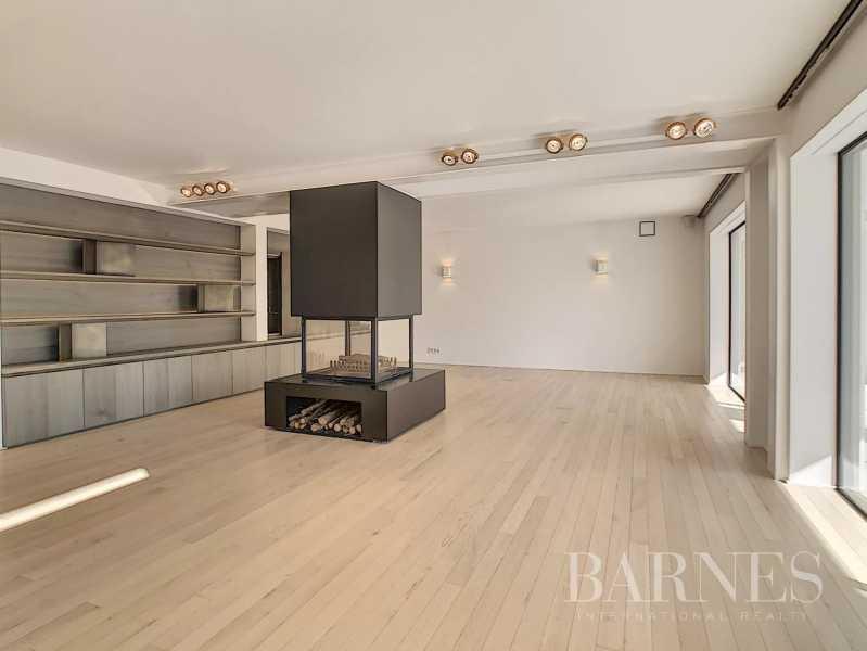 Rhode-Saint-Genese  - Villa 9 Pièces 5 Chambres