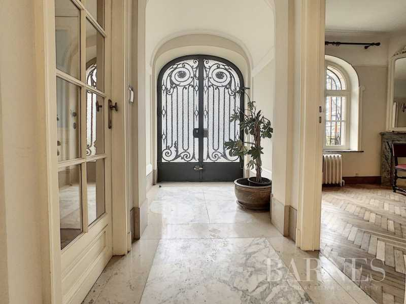 Uccle  - Hôtel particulier 20 Pièces 7 Chambres