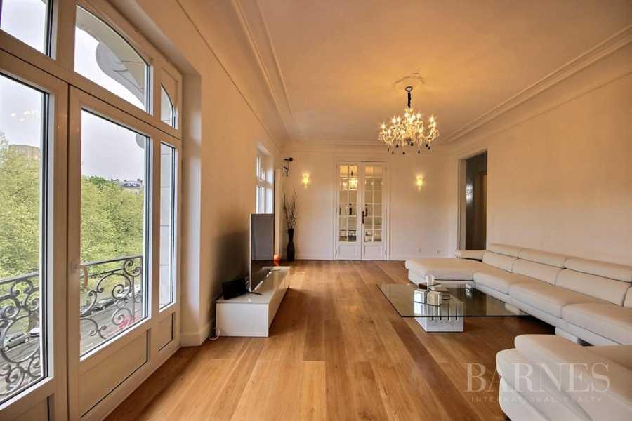 Ixelles  - Appartement 15 Pièces 3 Chambres