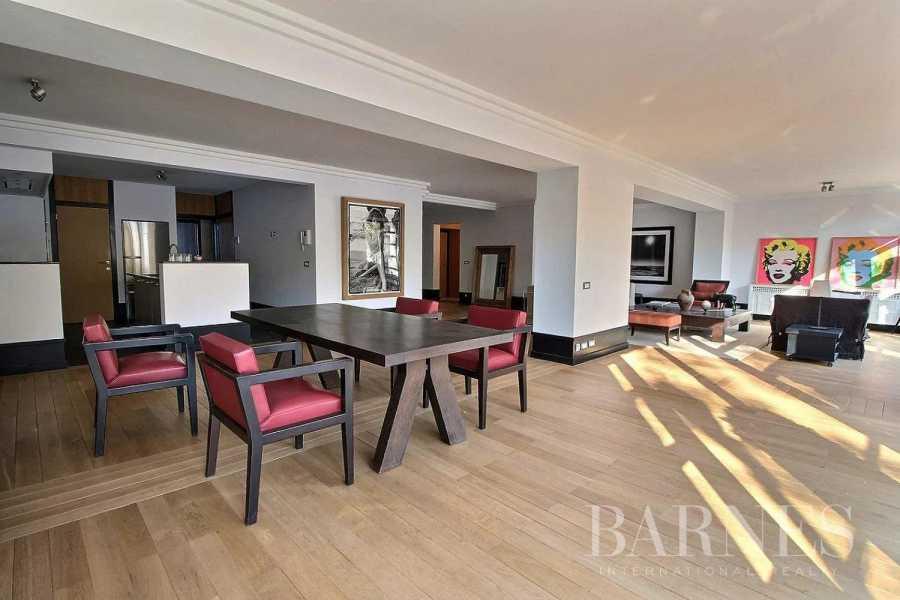 Ixelles  - Appartement 5 Pièces 3 Chambres