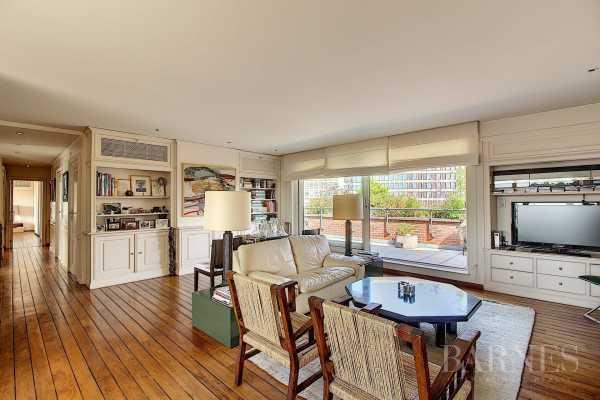 Apartment, Ixelles - Ref 3398002