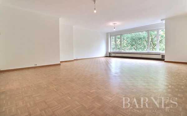 Appartement Etterbeek  -  ref 5857904 (picture 2)