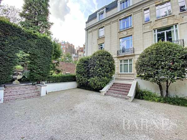 Maison Ixelles  -  ref 5791031 (picture 1)