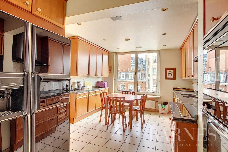 Ixelles  - Appartement 5 Pièces 4 Chambres - picture 8