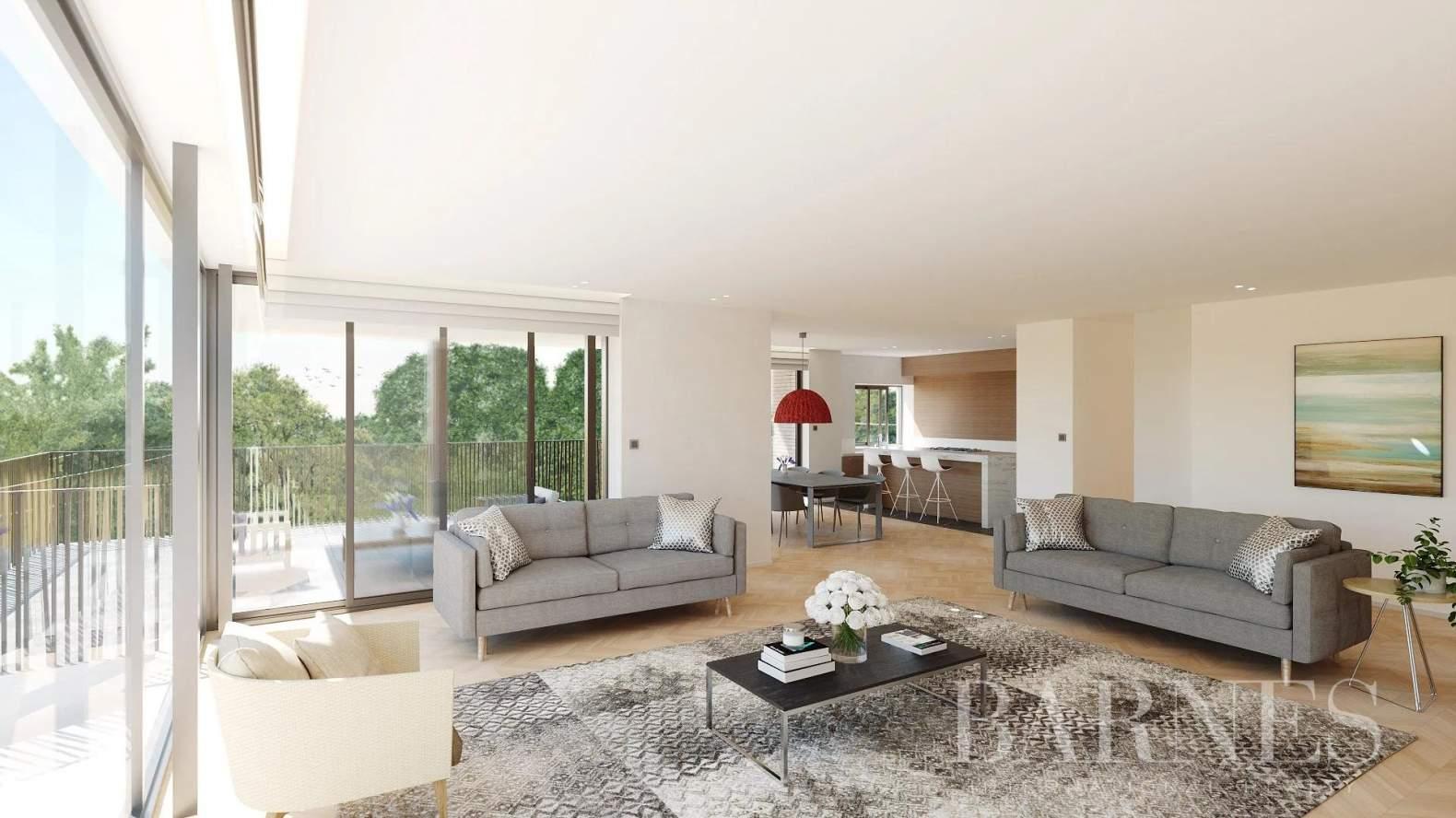 Uccle  - Appartement 6 Pièces 3 Chambres - picture 2