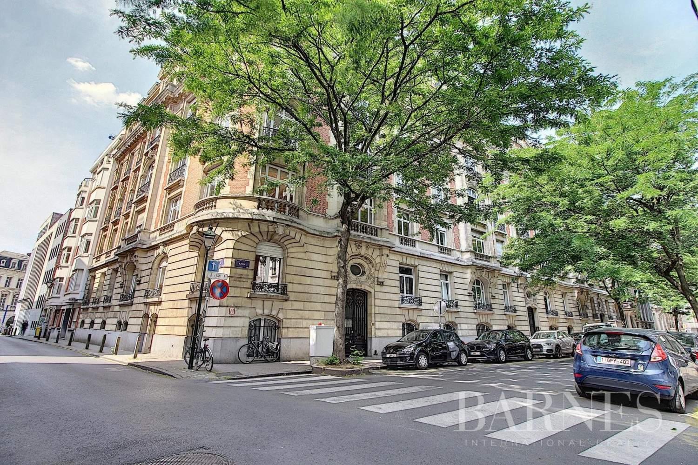 Ixelles  - Appartement 5 Pièces 4 Chambres - picture 1