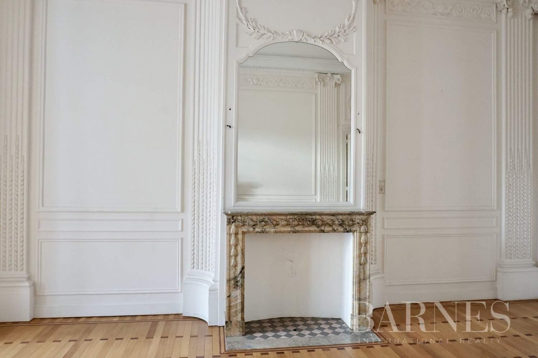 Uccle  - Hôtel particulier 20 Pièces 7 Chambres - picture 5