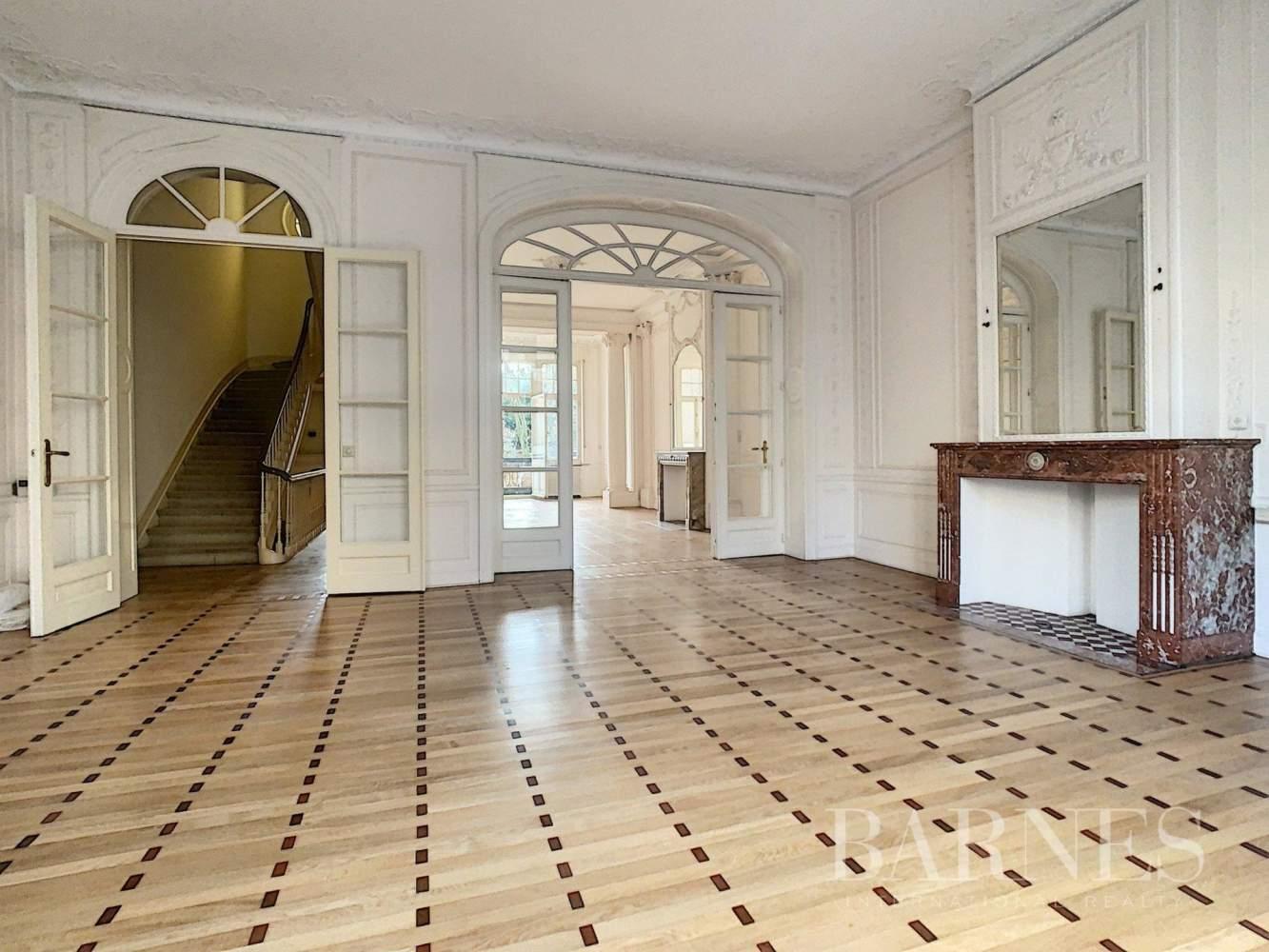 Uccle  - Hôtel particulier 20 Pièces 7 Chambres - picture 13
