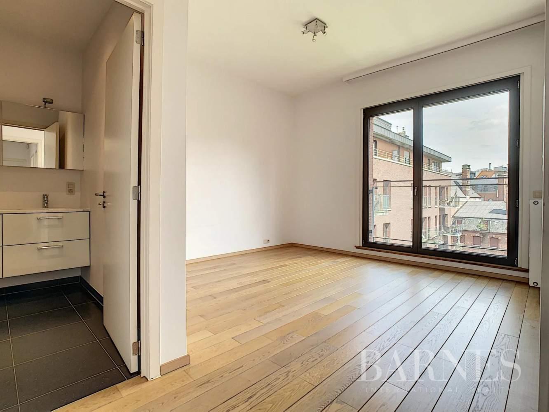 Bruxelles  - Appartement 8 Pièces 3 Chambres - picture 12