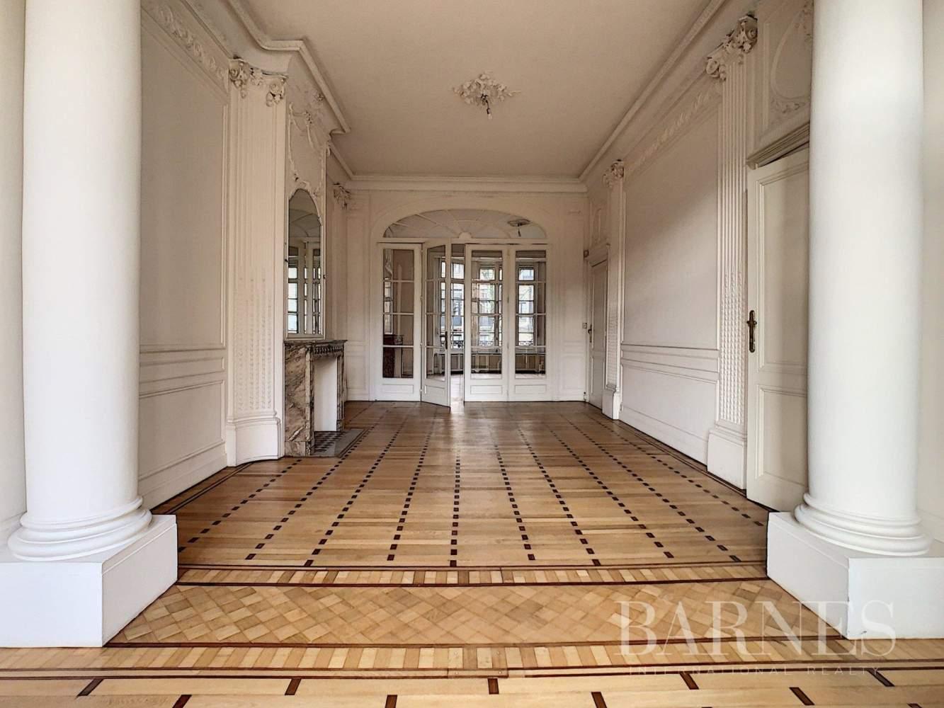 Uccle  - Hôtel particulier 20 Pièces 7 Chambres - picture 15
