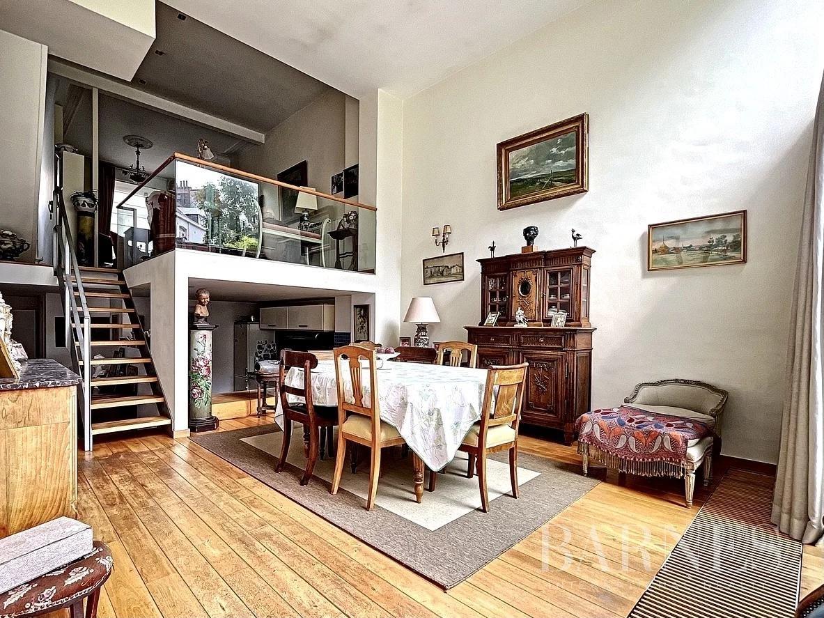 Forest  - Maison 10 Pièces 3 Chambres - picture 6