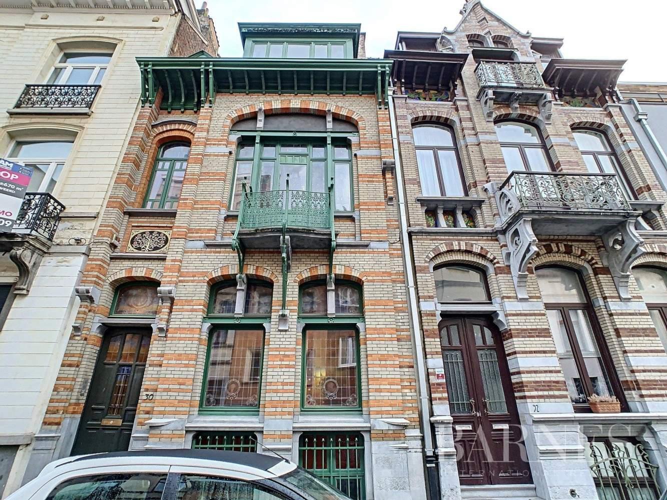 Bruxelles  - Maison 10 Pièces 5 Chambres - picture 1