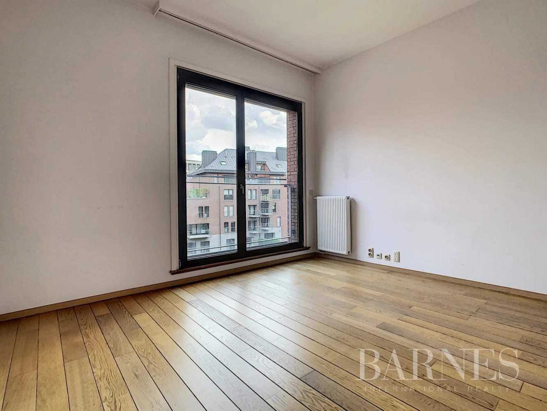 Bruxelles  - Appartement 8 Pièces 3 Chambres - picture 14