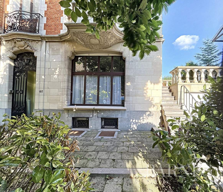 Uccle  - Maison 16 Pièces 5 Chambres - picture 1