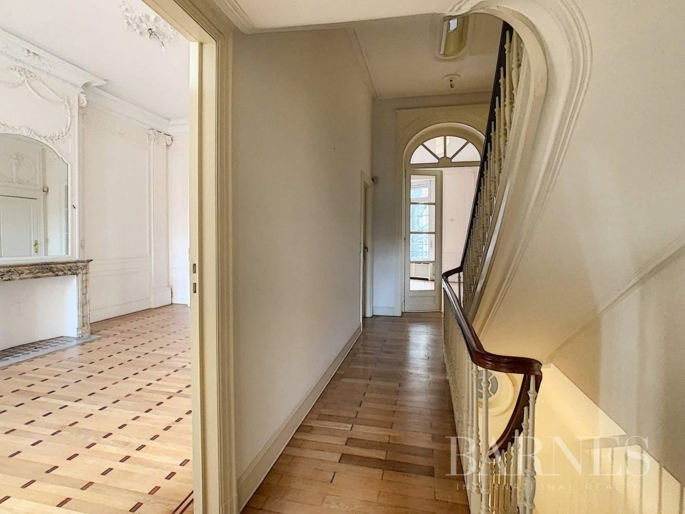 Uccle  - Hôtel particulier 20 Pièces 7 Chambres - picture 11